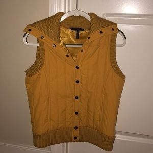 BCBGMAXARIA button-up vest!